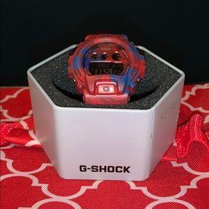 Casio  G shock  Red Blue Resin unisex  clock